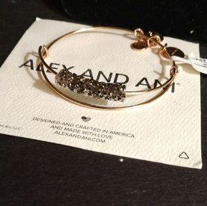 "ALEX AND ANI ""CHRISTMAS PUNCH"" FINE ROCKS NWT"